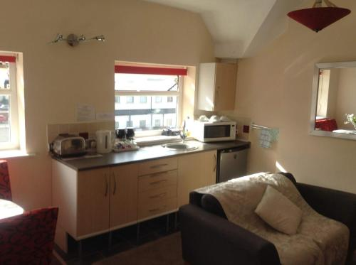 A kitchen or kitchenette at Aparthotel Blackpool