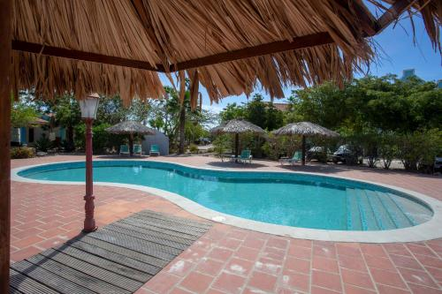 The swimming pool at or close to Total View Apartment
