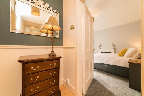 Spacious city centre 2 bedroom apartment