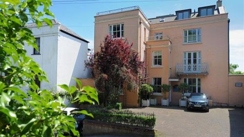5 St Michaels House
