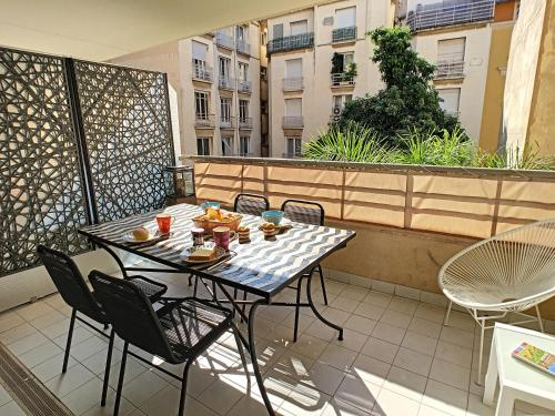 A balcony or terrace at Nestor&Jeeves - PALAIS MEDITERRANNEE TERRASSE - Central - Very close sea