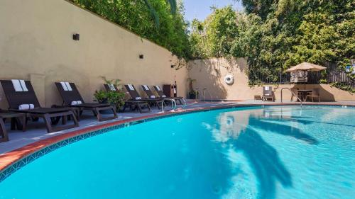 The swimming pool at or near Best Western Hollywood Plaza Inn - Hollywood Walk of Fame Hotel - LA