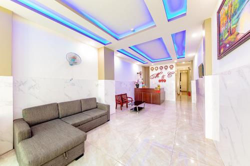 A seating area at M&C Hotel Nha Trang