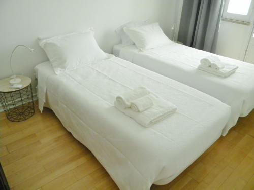 A bed or beds in a room at AL.Cova