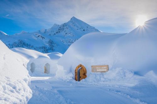 Iglu-Dorf Kühtai in de winter
