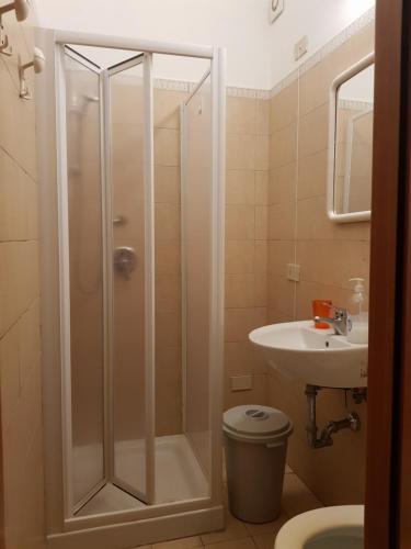 A bathroom at 3 Lati di Pitagora B&B