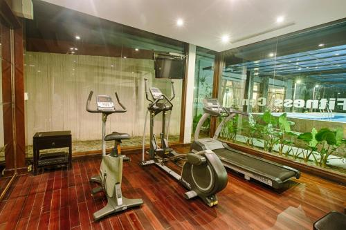 The fitness center and/or fitness facilities at Lapochine Beach Resort (formerly Ana Mandara Hue)