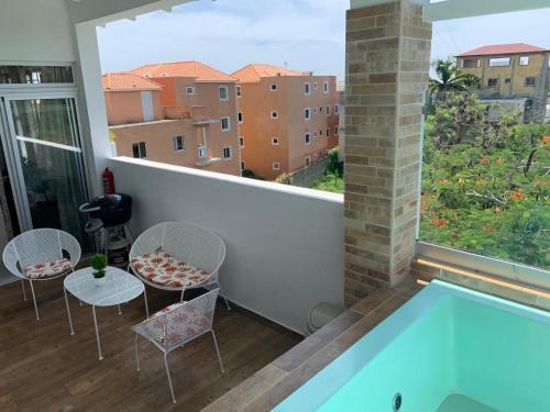 Vista de la piscina de KSL Residence o alrededores