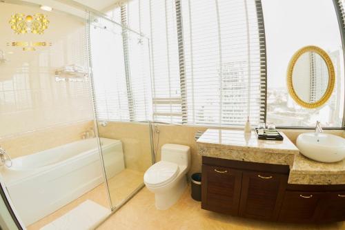 Phòng tắm tại SONG LONG Hotel