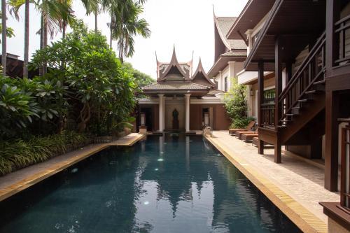 المسبح في Sireeampan Boutique Resort and Spa أو بالجوار