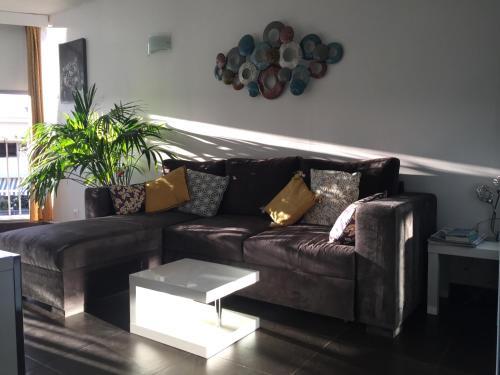 A seating area at Tu Casa