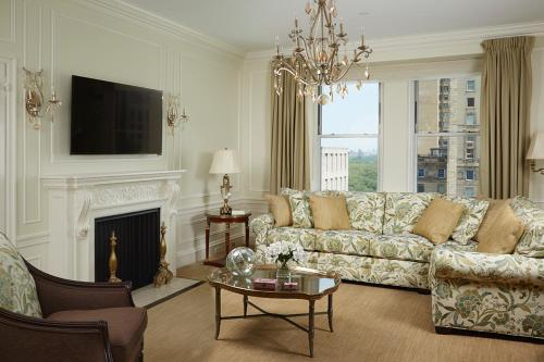 A seating area at The Sherry Netherland
