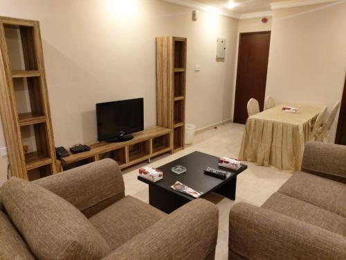 A seating area at Terrace Furnished Apartments- Hawally 2