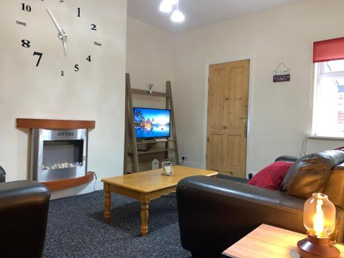 Spacious City Apartment In Newcastle Close To Everything With Amenities And Travel Links All Around