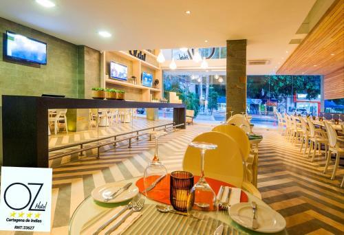 Restaurant ou autre lieu de restauration dans l'établissement Oz Hotel Cartagena