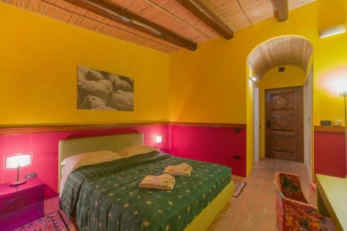 Letto o letti in una camera di Janas Country Resort