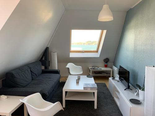 A seating area at Appartement Design II Port Douarnenez