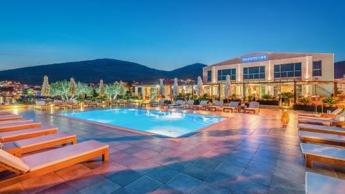 The swimming pool at or close to Marina Baotić Apartments