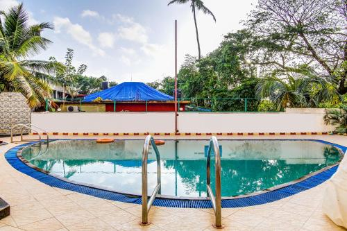 The swimming pool at or close to Sunset Beach Resort