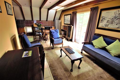 A seating area at Emzini Apartments