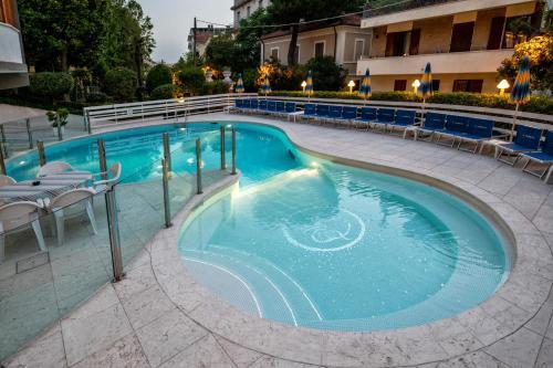 Piscine de l'établissement Hotel Torretta ou située à proximité
