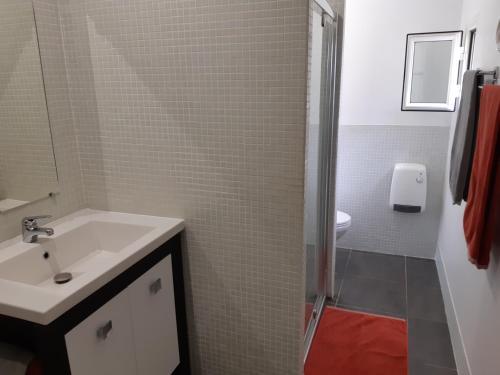 A bathroom at La Cazarelle
