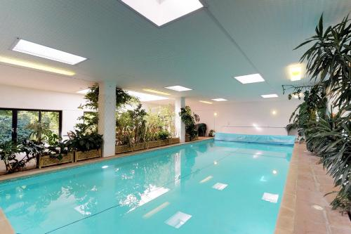 The swimming pool at or near Lamellen House