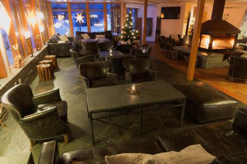 The lounge or bar area at STF Saxnäsgården Hotell & Konferens