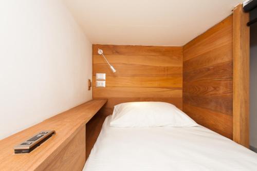 Ein Bett oder Betten in einem Zimmer der Unterkunft Indie Hostel - Koh Tao