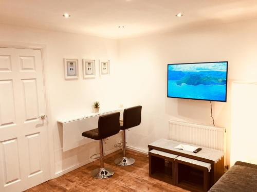 Fountain View 1BR Flat Oxford - Free Parking