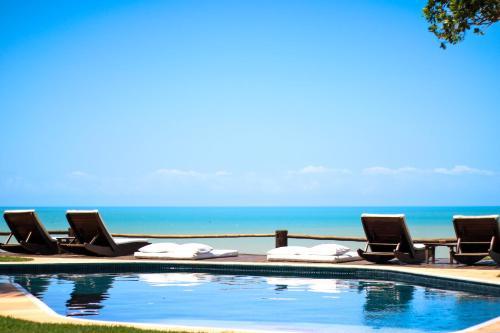 A piscina localizada em Pousada Beijo do Vento ou nos arredores
