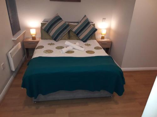 Deluxe Double Rooms close to Airport
