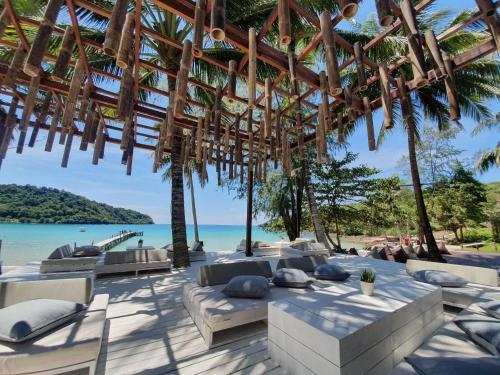 Restaurant ou autre lieu de restauration dans l'établissement Koh Kood Resort