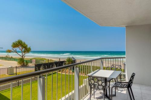 A balcony or terrace at Golden Sands on the Beach