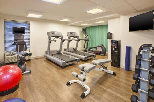The fitness center and/or fitness facilities at Holiday Inn Express & Suites Chicago-Midway Airport