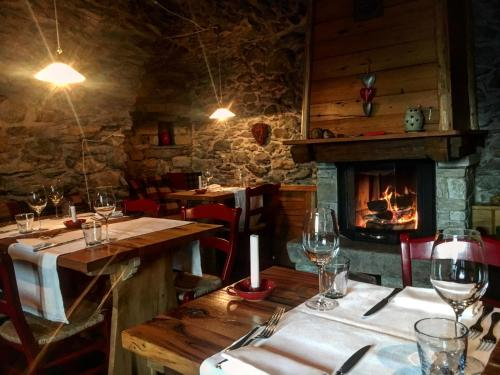 A restaurant or other place to eat at Agriturismo Tre Terre