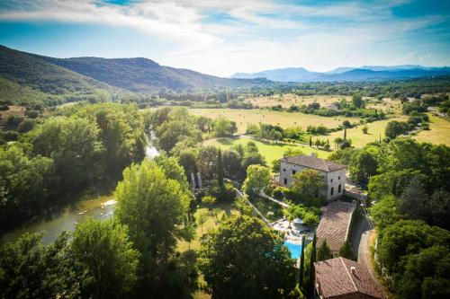 A bird's-eye view of Les Logis des Magnans - Le Pagnol