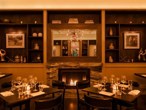 A restaurant or other place to eat at HGU New York