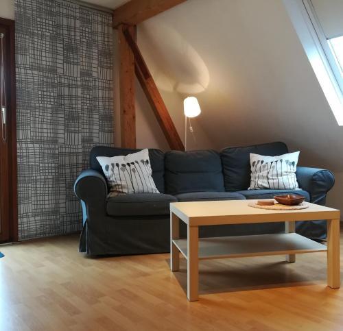 Ein Sitzbereich in der Unterkunft Ferienwohnung Bad Oldesloe