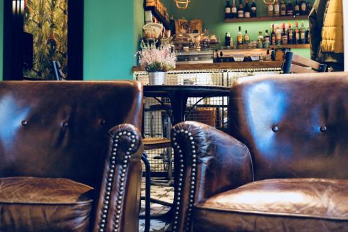 The lounge or bar area at Winederful Hostel & Café