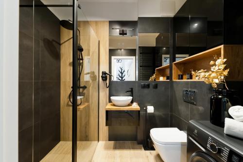 A bathroom at Bed&Bath Luxury Apartments