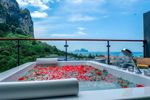 A balcony or terrace at Panan Krabi Resort