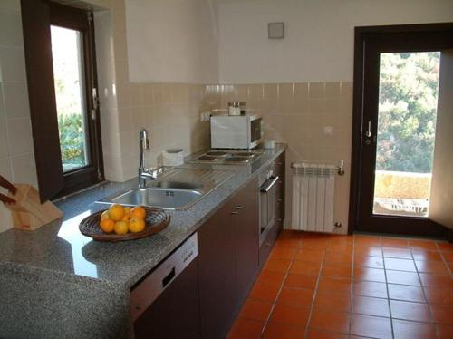 A cozinha ou kitchenette de Casa de Gondomil