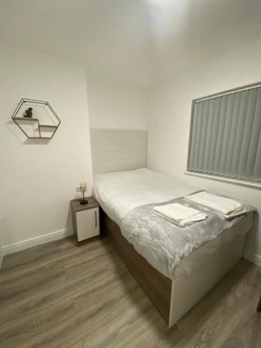 Luxury Lancaster Place Studio Apartments