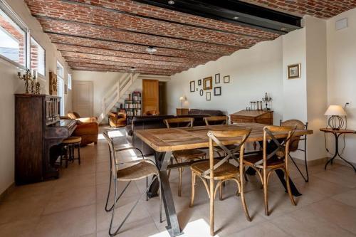 Restaurant ou autre lieu de restauration dans l'établissement Haucourt du Temps