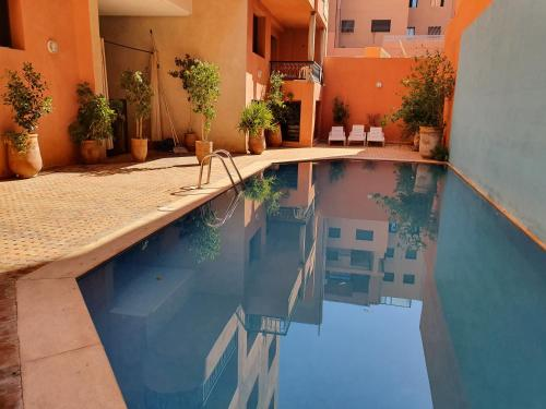 The swimming pool at or near Charming Marrakech Apartement