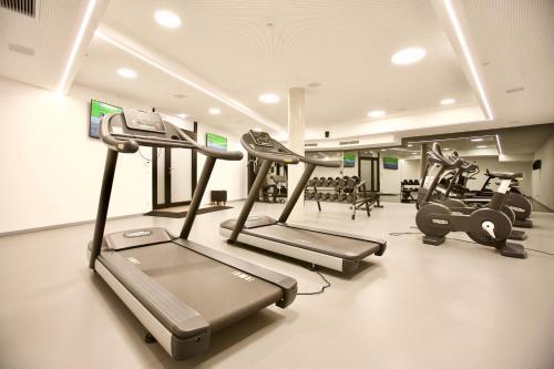 Das Fitnesscenter und/oder die Fitnesseinrichtungen in der Unterkunft Cool Mama