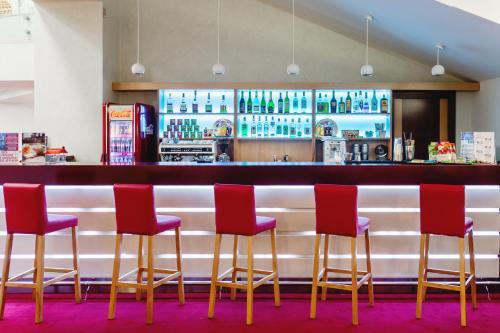 The lounge or bar area at AMAKS Krasnaya Pakhra Resort