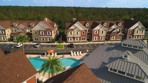 A view of the pool at Summerville Vacation Homes by Columbia Management or nearby
