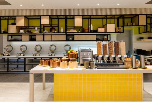 A kitchen or kitchenette at ibis Styles East Perth